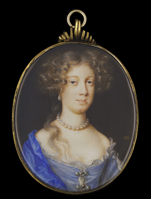 Portrait miniature of a Lady, wearing blue dress with pearl and diamond clasps, a blue robe over her shoulder, further pearls at her neck and pearl earrings, Nicholas Dixon