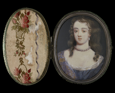 A Lady, probably Elizabeth (née Wriothesley), Duchess of Montagu when Countess of Northumberland (1646-90), wearing dark blue dress over white chemise, a mauve and gold cloak over her shoulder, pearls at her neck and large drop pearl earrings, Mrs Susan Penelope Rosse